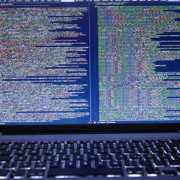 Python IDE - Header Image - Python Programming